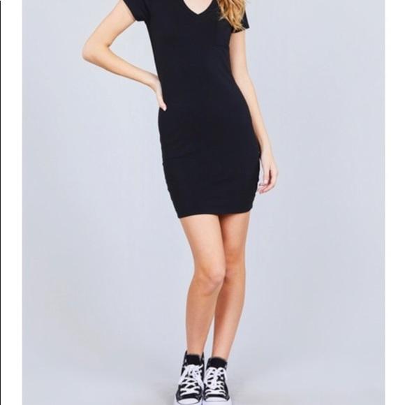 Dresses & Skirts - Black V Neck Fitted Tee Shirt Dress